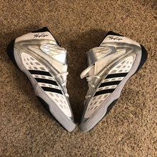 Load image into Gallery viewer, adidas henry cejudo vaporspeed wrestling shoes