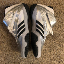 Load image into Gallery viewer, Adidas Henry Cejudo Wrestling Shoes