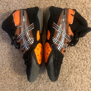 sample asic ultratek wrestling shoes