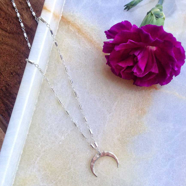 MOVV - Elaise sterling silver hammered crescent moon necklace