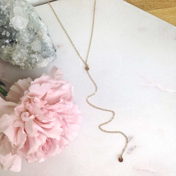 MOVV - Isa Dainty Y Necklace in gold-fill