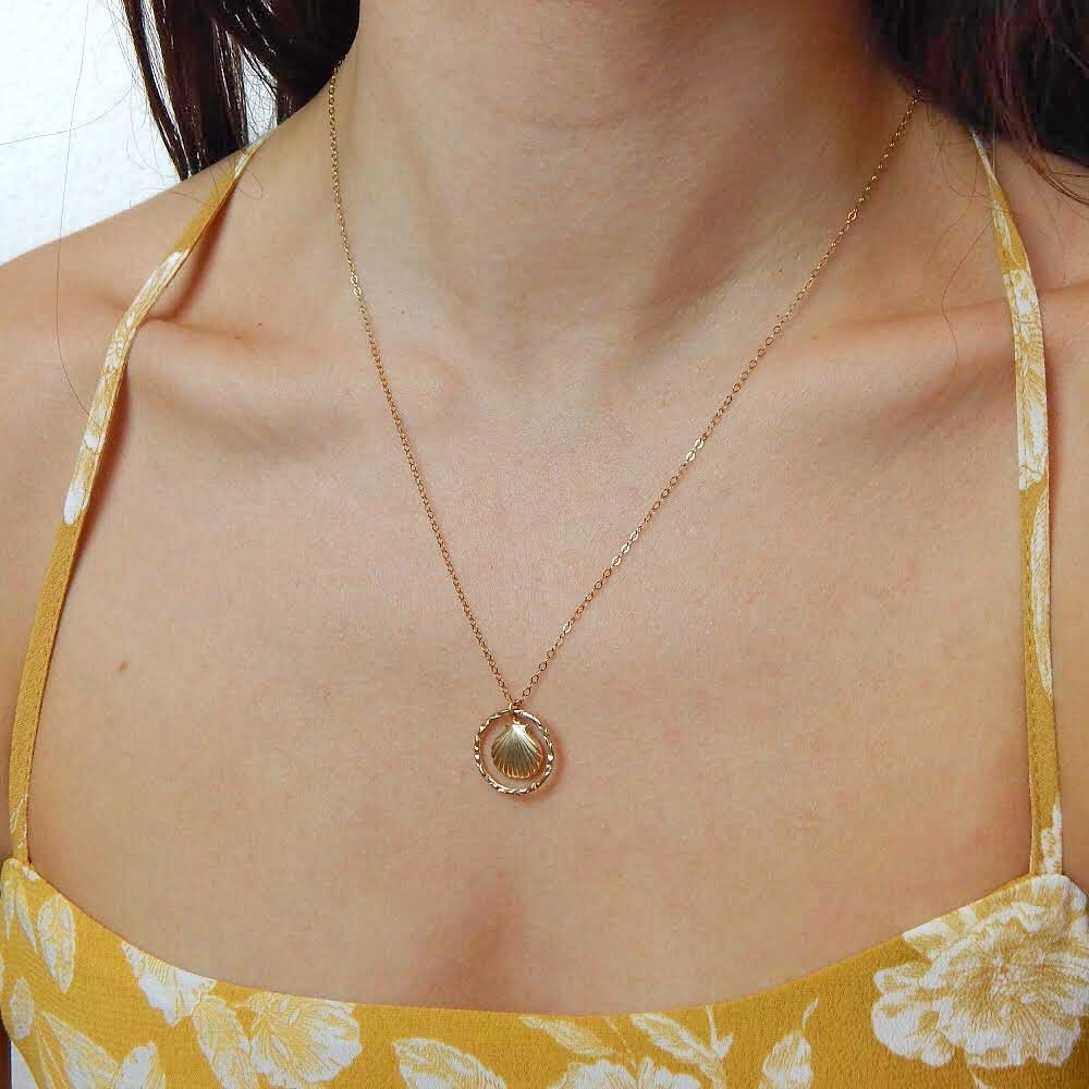 MOVV Siana 14k gold filled shell necklace on model