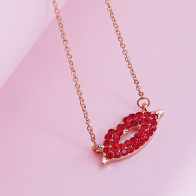 Crystal Lips Pendant Necklace