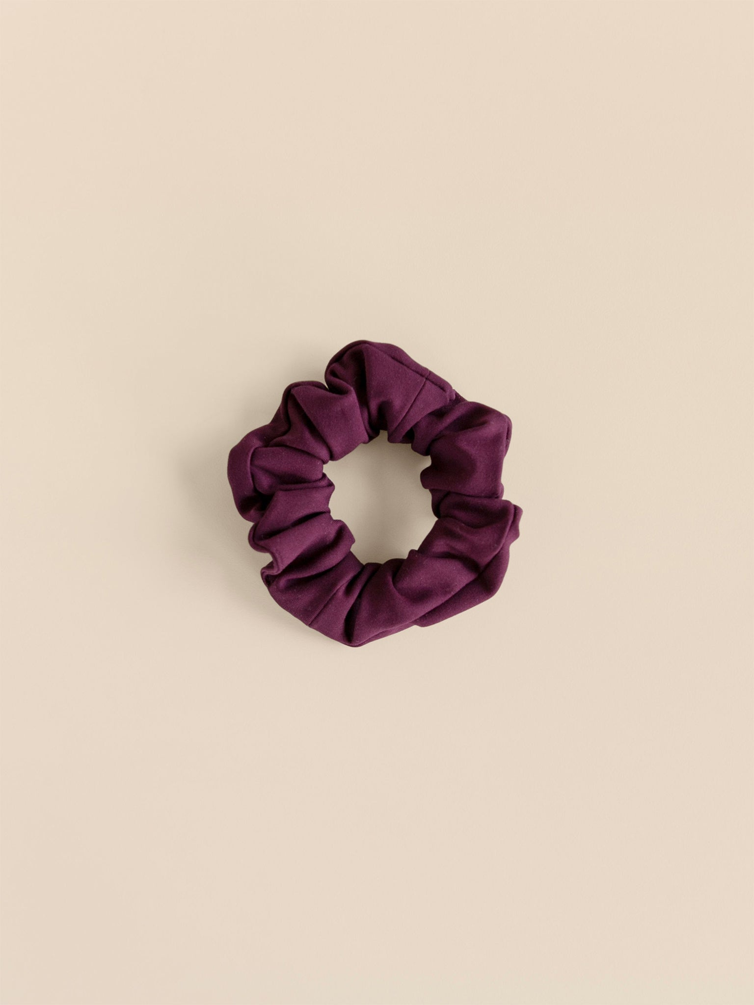 Girlfriend Collective The Scrunchie - Plum