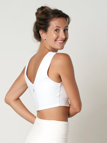 Gossypium Evolve Cropped Yoga Vest - Natural