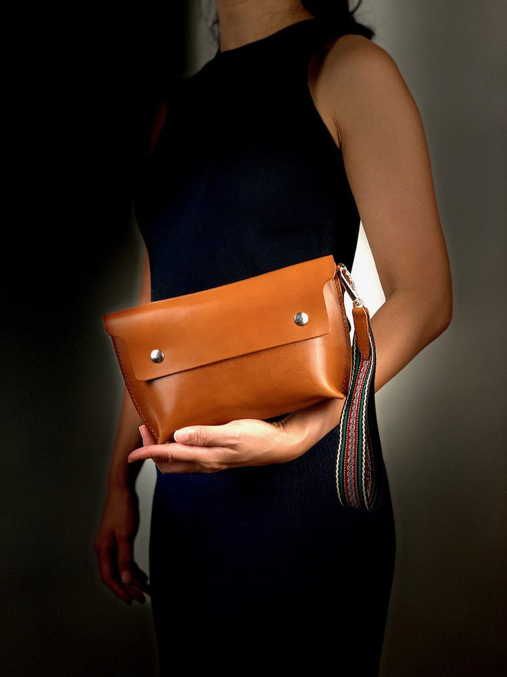 Tapered Clutch Purse with Hand Strap