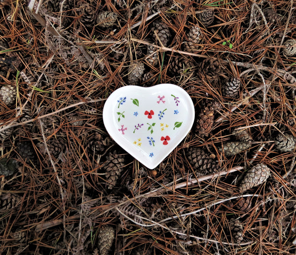 Ceramic wildflower heart shaped plate by Hannah Berridge Ceramics