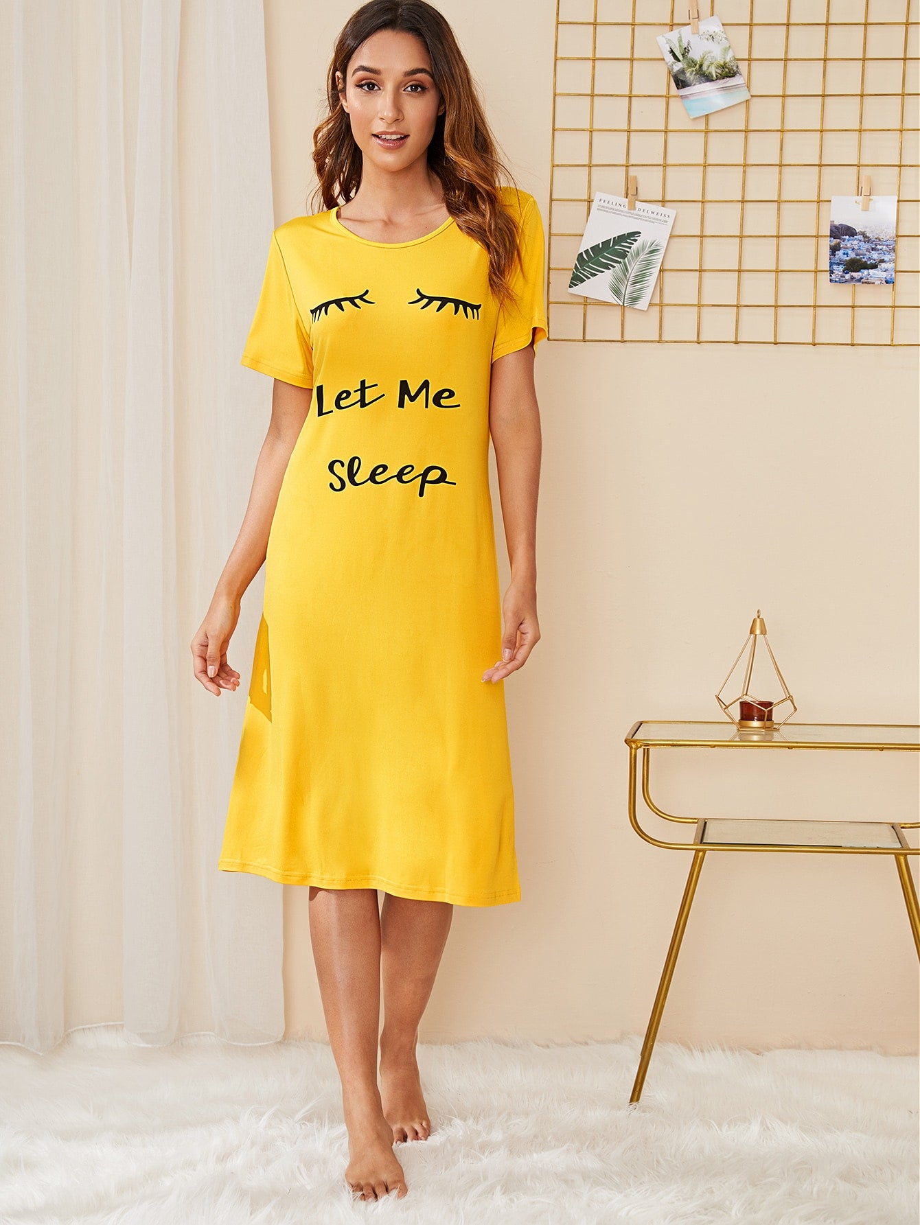 Eyelash & Slogan Graphic Night Dress