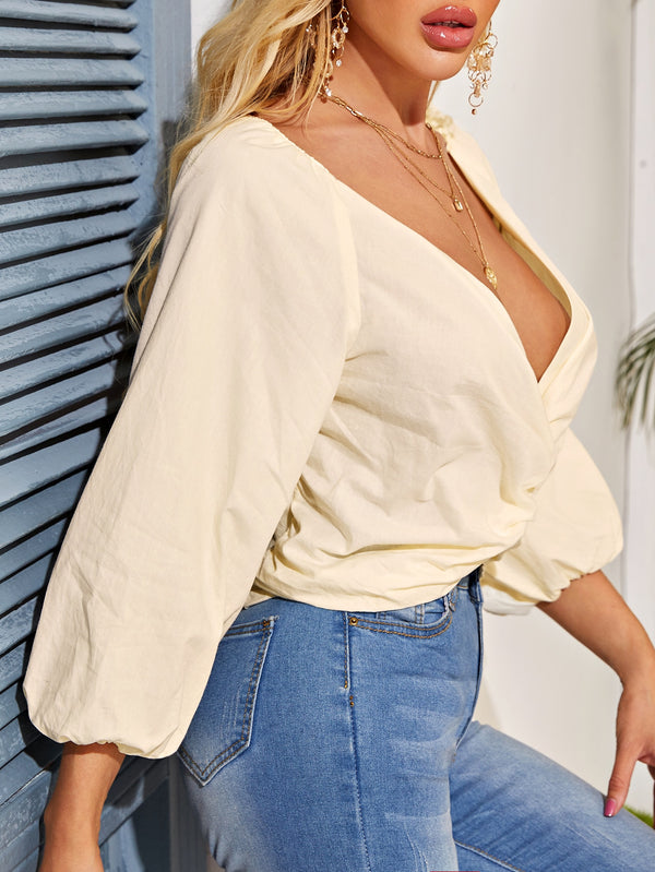 Solid Twist Front Plunging Neck Blouse