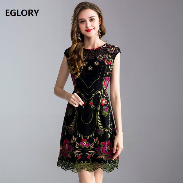 European Plus Size Vintage Dress 2019 Summer Party Homecoming Women Exquisite Embroidery See Through Lace Patchwork Dress Slim