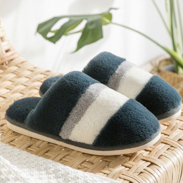 Women's slippers Winter Large size 43-44 Cozy Keep warm Fur home Antiskid Memory Foam