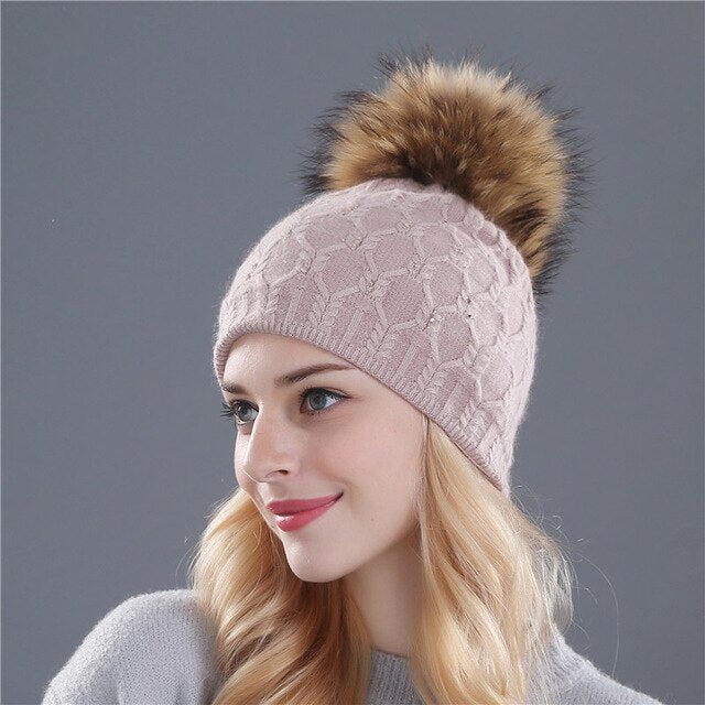 Lady Knitted Pompom Hat Girls Winter Warm Wool Knitting Casual Bonnet