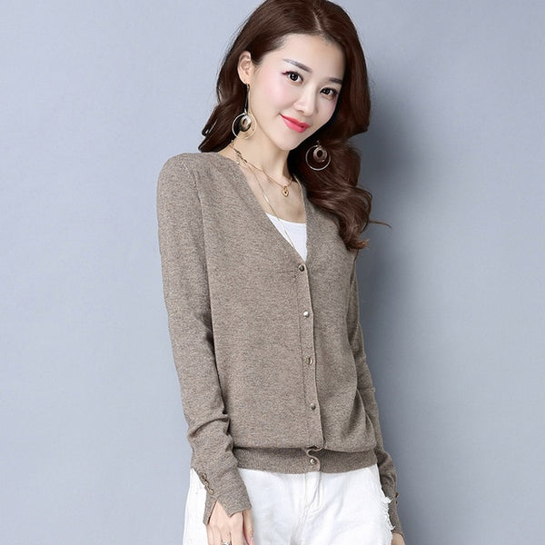 New autumn  outside V collar short pure color knitted top sweater female cardigan jacket tide