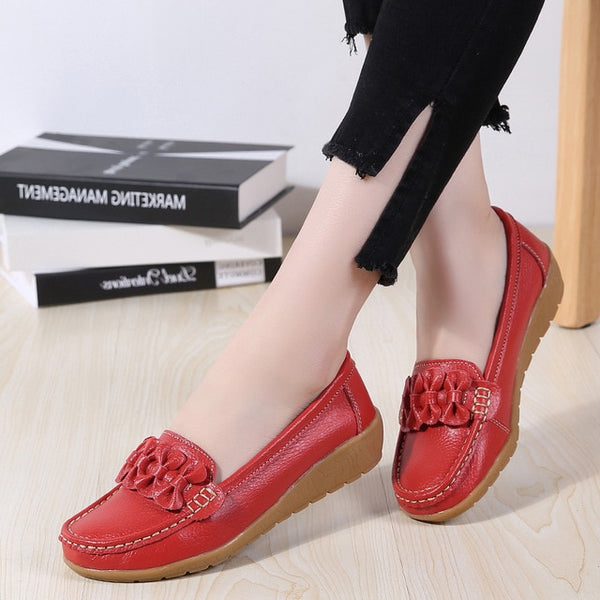 New Women Flats Genuine Leather Shoes  Non-Slip Sturdy Sole Big size