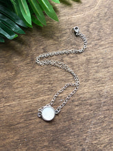 Load image into Gallery viewer, Short white druzy necklace