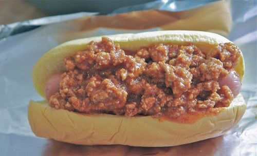 HOT DOG WITH CHILI