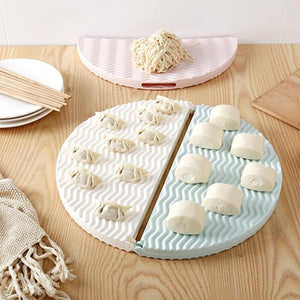 Plain color foldable dumpling dish