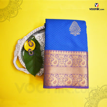 Load image into Gallery viewer, Trendy Blue Silk Saree With Mango Border