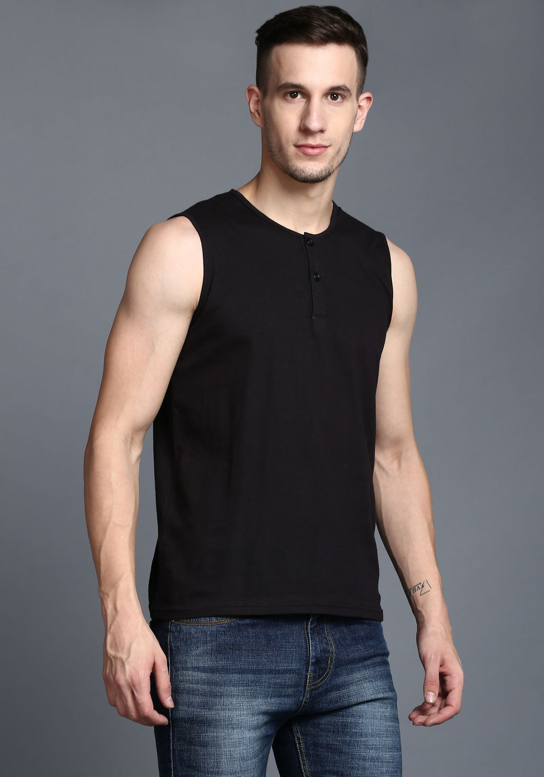 Sleeveless Black Mandarin Collar Tee