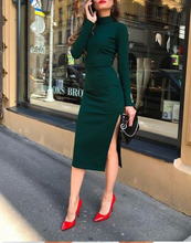 Load image into Gallery viewer, Elegant Emerald Green Dress