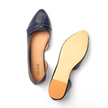 Load image into Gallery viewer, Irresistible Suede Flats