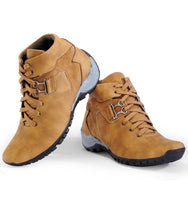 Load image into Gallery viewer, Men's Light brown trekking boots