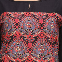 Load image into Gallery viewer, red and black printed 3/4th sleeve straight kurti