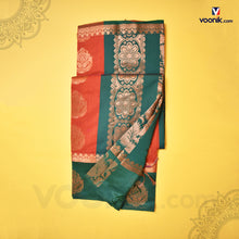 Load image into Gallery viewer, Trendy Orange  Flower Contrast Border Saree