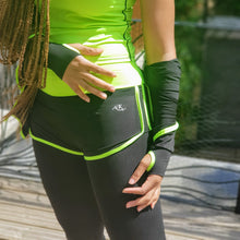 Load image into Gallery viewer, Quickdry ladies shorts/tights and jacket set