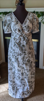 Load image into Gallery viewer, Gray and White Regency Jane Austen Day Dress in sari silk