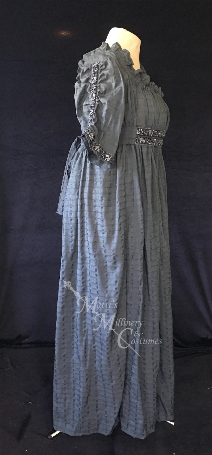Magic Pewter 1790s Round Gown Jane Austen Regency Day Dress in cotton