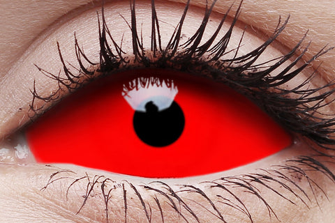 Sclera Cyclop Crazy Contact Lens in Eye