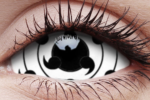 Sclera Tailed Beast Crazy Contact Lens in Eye