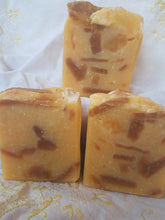 Load image into Gallery viewer, Kisses of Honey Natural Unscented Essential Bar Soap - Beautiful!
