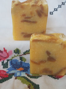 Kisses of Honey Natural Unscented Essential Bar Soap - Beautiful!