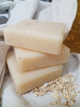 Load image into Gallery viewer, Natural Oatmeal Goats Milk Soap Handmade Soap for Sensitive Soft Skin