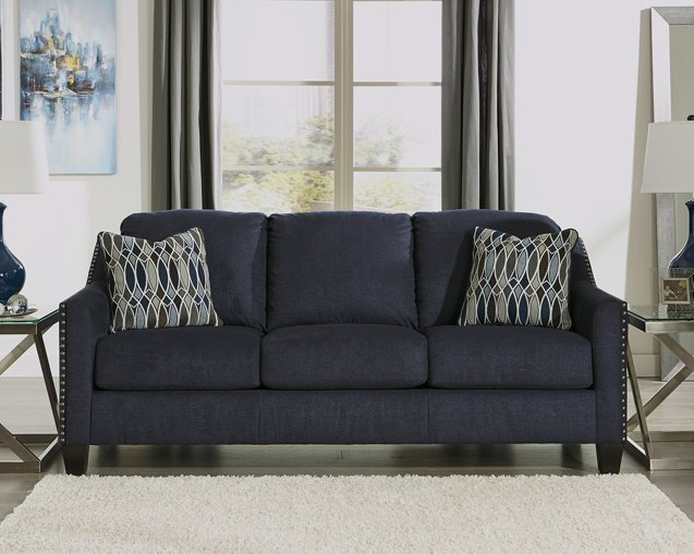 Creeal Heights Benchcraft Sofa