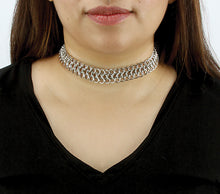 Load image into Gallery viewer, Silver Metal Chain Choker