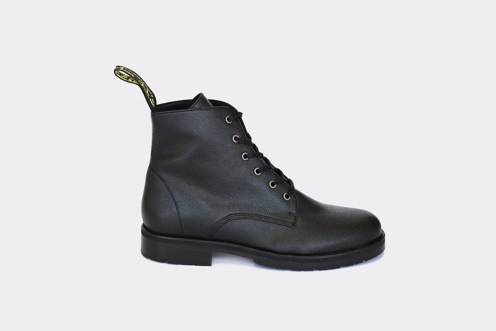 appleskin leather boots
