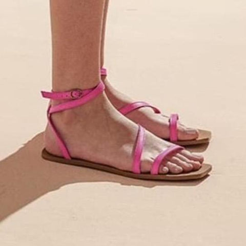 Flat sandal by Arenaria - pink