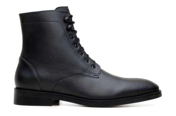 'Howard' vegan men's lace-up boots by Ahimsa - black - Vegan Style