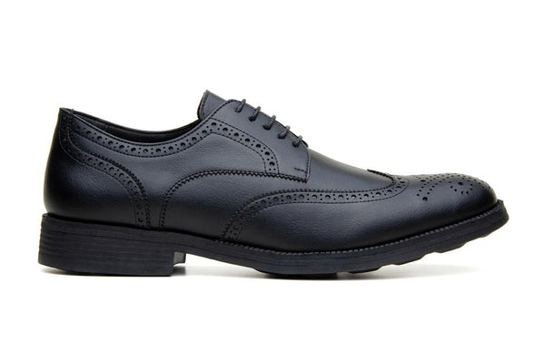 Classic wing-tip vegan leather by Vincente Verde -  black