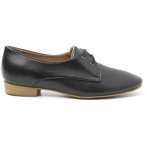 'Claudia' vegan women's Oxford by Ahimsa - black