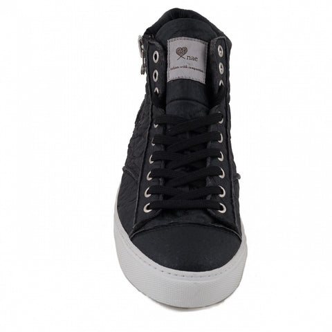 "NAE - Vegan ""Milan"" Sneakers (Black Pinatex)"