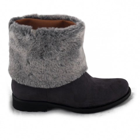 Mira by NAE (black boots for women with faux-fur lining)