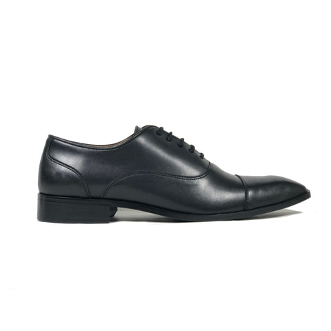 'Laurent' - cap-toe classic vegan oxford in black by Zette Shoes - Vegan Style