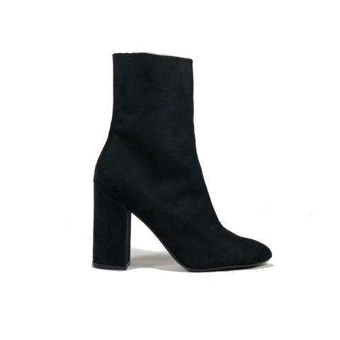'Lisa' vegan-suede high-heel boot by Zette Shoes - black