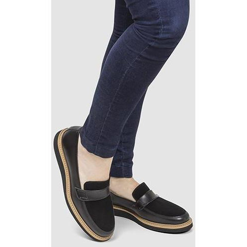 'Francisca' vegan loafers by Ahimsa - black