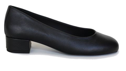 'Betty' vegan apple leather low-heels by Good Guys - black