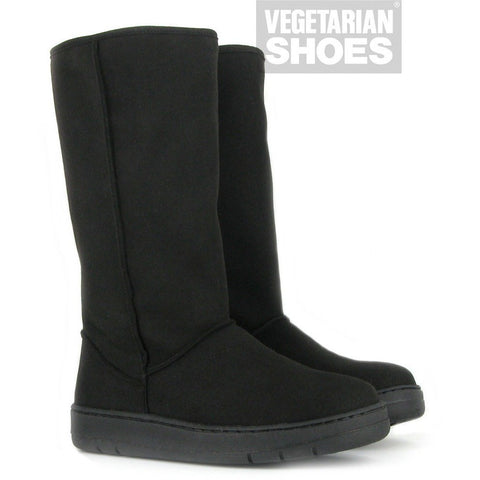 Snug slipper boots by Vegetarian Shoes - black